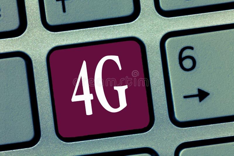 Palavra que escreve o texto 4G Conceito do negócio para o acesso à internet sem fio padrão de uma comunicação móvel em uma veloci fotos de stock