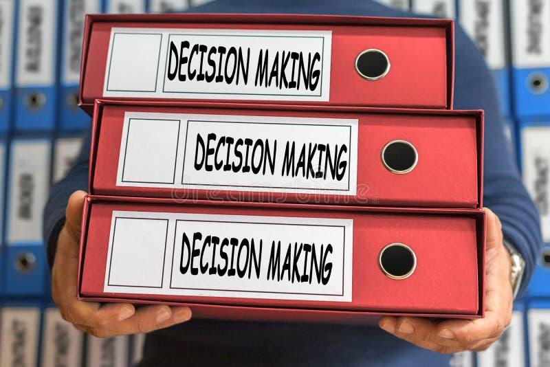 Palavras do conceito da tomada de decisão Conceito do dobrador Ring Binders imagens de stock