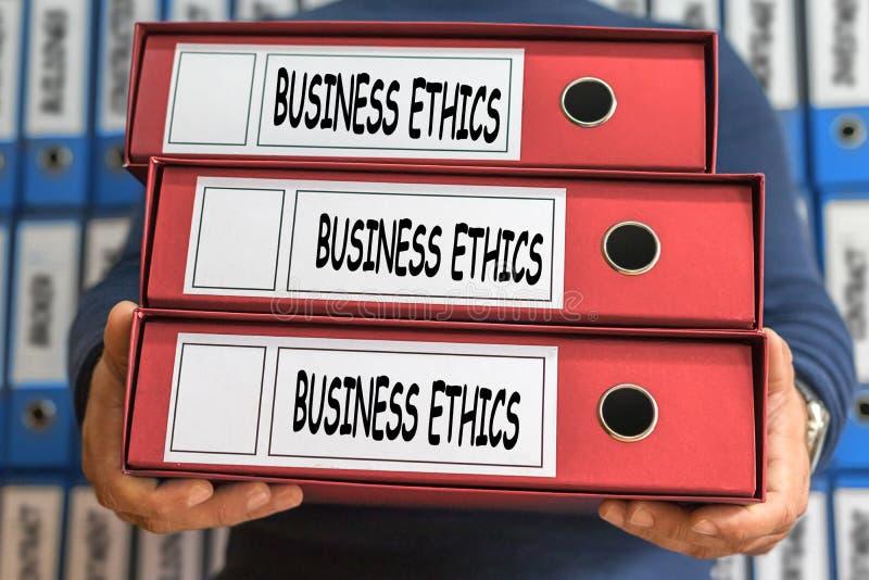 Palavras do conceito das éticas de negócio Conceito do dobrador Ring Binders Admi imagem de stock
