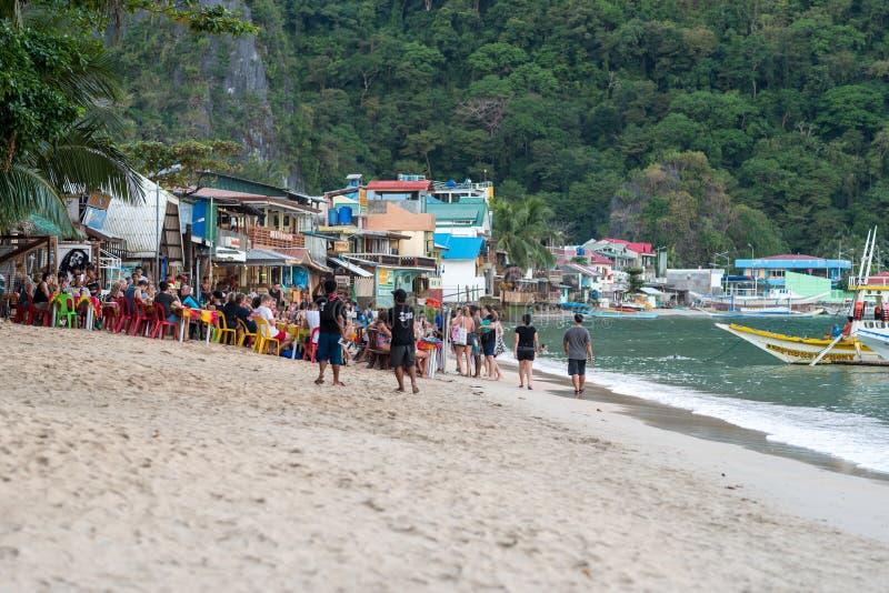PALAWAN FILIPINY, STYCZEŃ, - 24, 2018: El Nido Seashore w Palawan, Filipiny fotografia royalty free