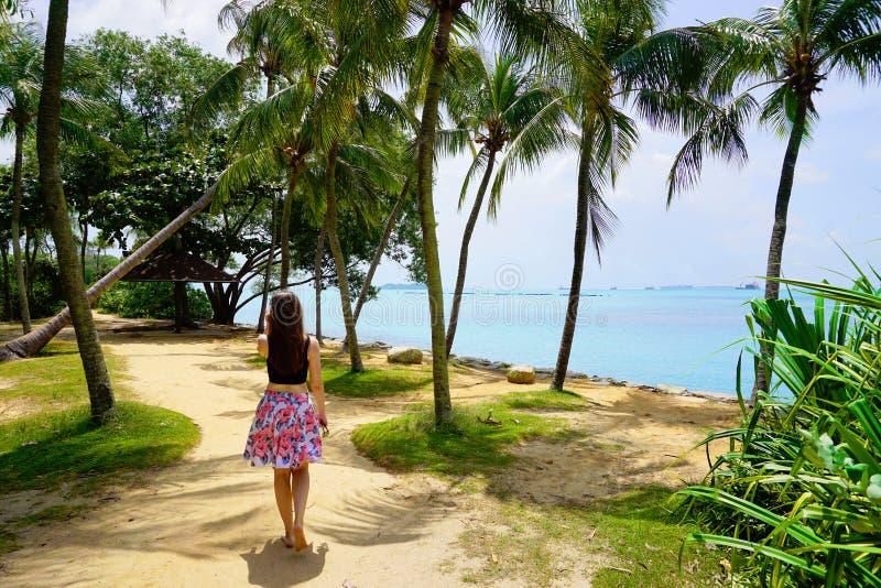 Palawan strand av den Sentosa ön arkivbild