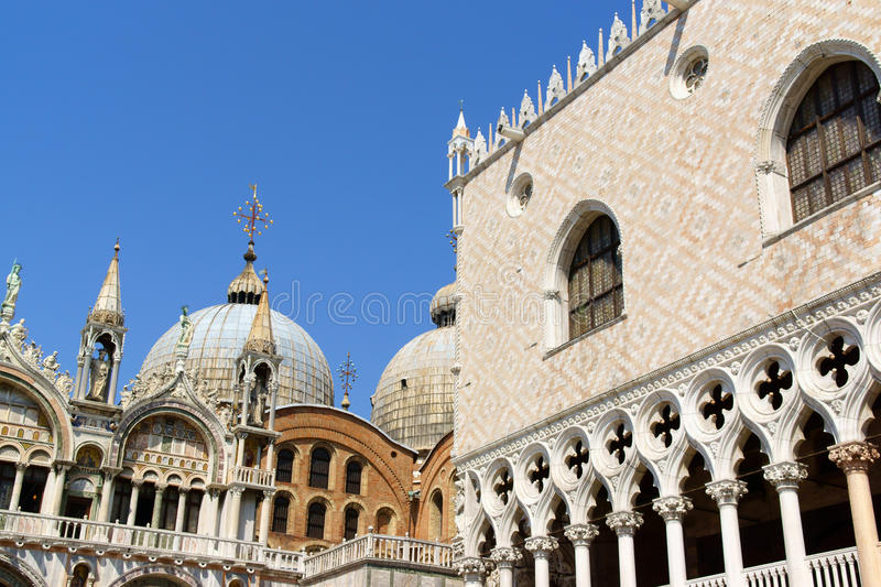 Palazza Ducale e basilica del contrassegno santo, Venezia immagine stock libera da diritti