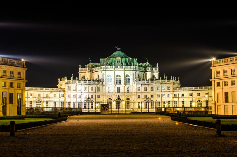 Download Palazzina Di Caccia Stupinigi Stock Photo - Image of torino, savoia: 25695124