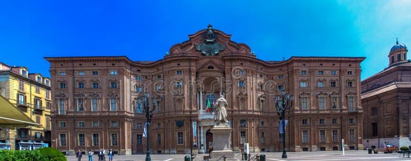 Palazzo卡里尼亚诺在都灵,意大利 免版税图库摄影