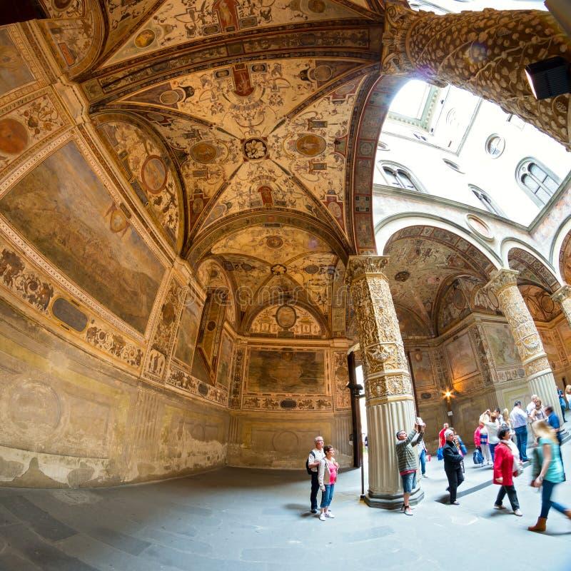 Palazzo的Vecchio华丽庭院在佛罗伦萨,意大利 免版税库存图片