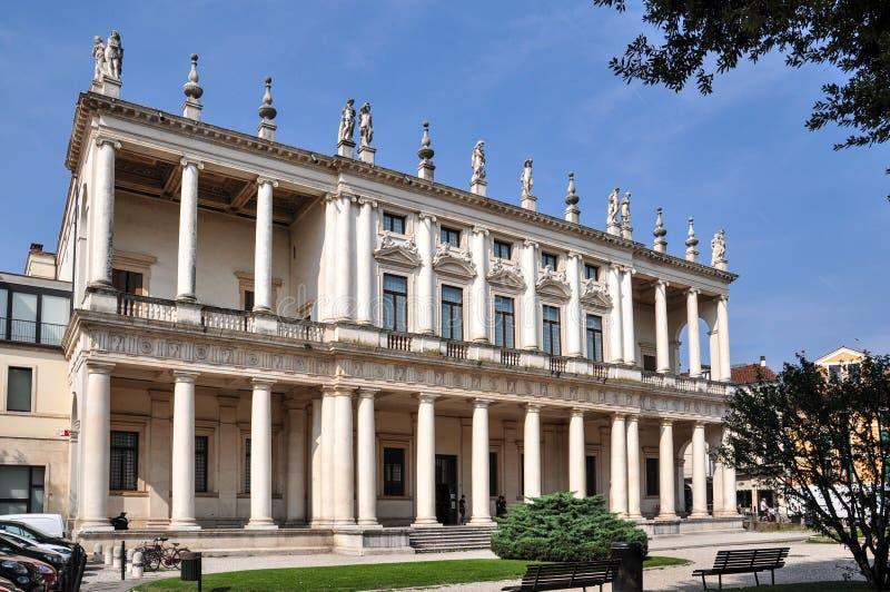 Palazzo Chiericati, una costruzione di rinascita progettata e sviluppata dall'architetto Andrea Palladio ed ora dal museo civico  immagini stock libere da diritti