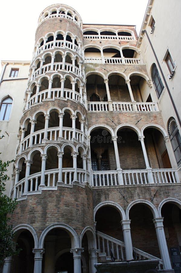 Palazzo Contarini del Bovolo - σπίτι σαλιγκαριών στη Βενετία, Ιταλία στοκ εικόνες