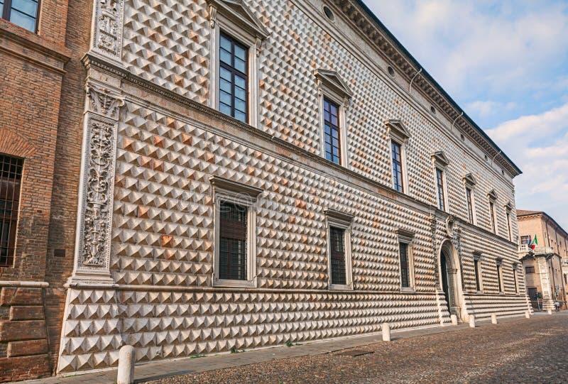 Palazzo dei Diamanti, Ferrara, Italien royaltyfri bild