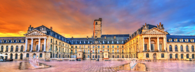 Palazzo dei duchi di Borgogna a Digione, Francia fotografie stock libere da diritti