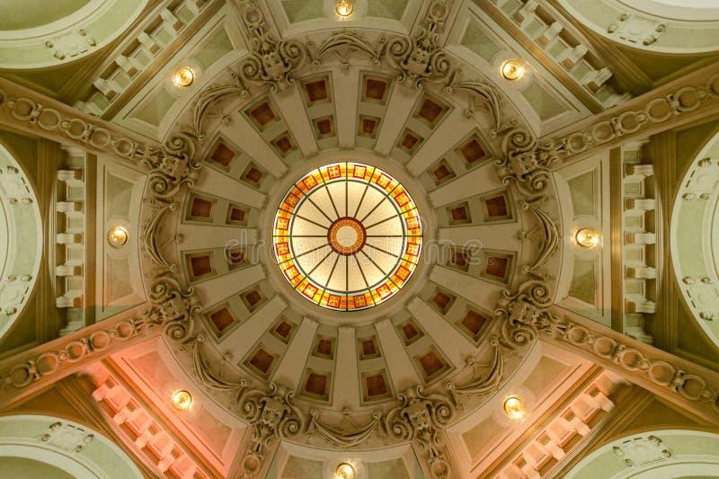 Palazzo del caffè di New York, Budapest - cupola fotografia stock libera da diritti