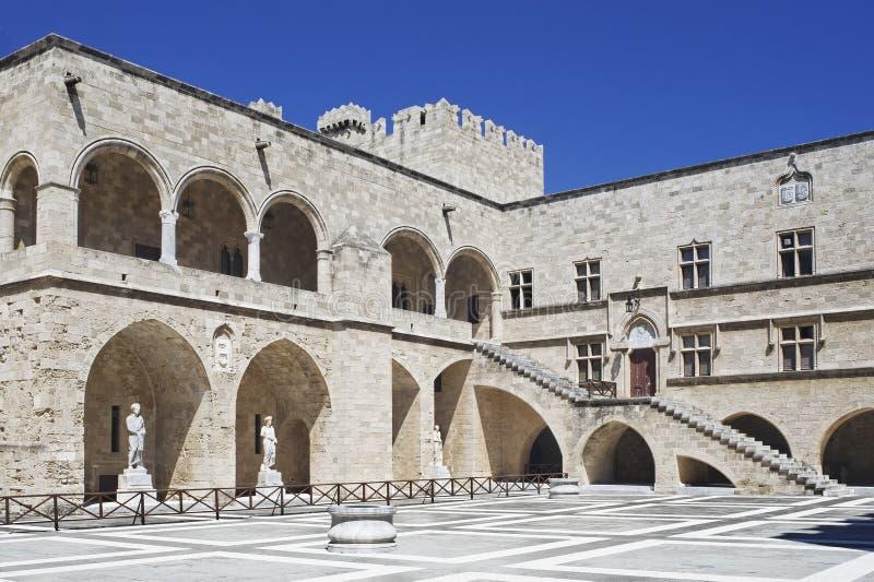 Palazzo del grande supervisore in Rhodos fotografia stock libera da diritti