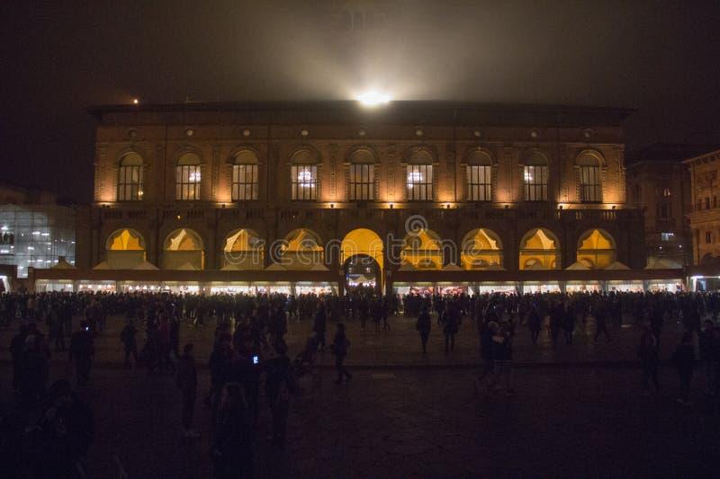 Palazzo Del Podesta am Marktplatz Maggiore bis zum Nacht bologna Emilia-Romagna Region Italien lizenzfreies stockfoto