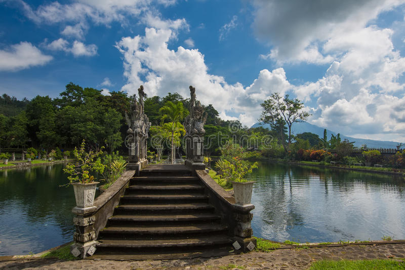 Palazzo dell'acqua di Tirtagangga sull'isola di Bali immagini stock libere da diritti