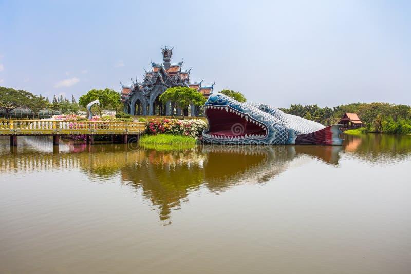 Palazzo della montagna di Sumeru nel parco della città antica, Muang Boran, provincia di Samut Prakan, Tailandia immagini stock