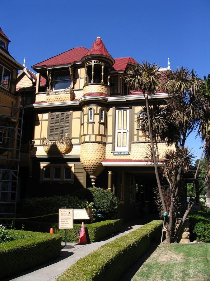 Palazzo della Winchester - San Jose fotografia stock libera da diritti