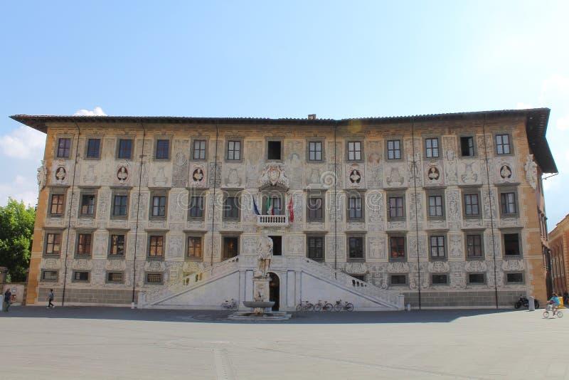 Palazzo dellaCarovana också Palazzo dei Cavalieri i Pisa, Tuscany Italien arkivfoto