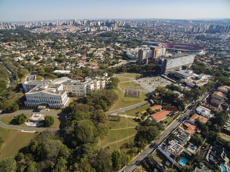 Palazzo di Bandeirantes, governo dello stato di Sao Paulo, nella vicinanza di Morumbi, il Brasile fotografia stock