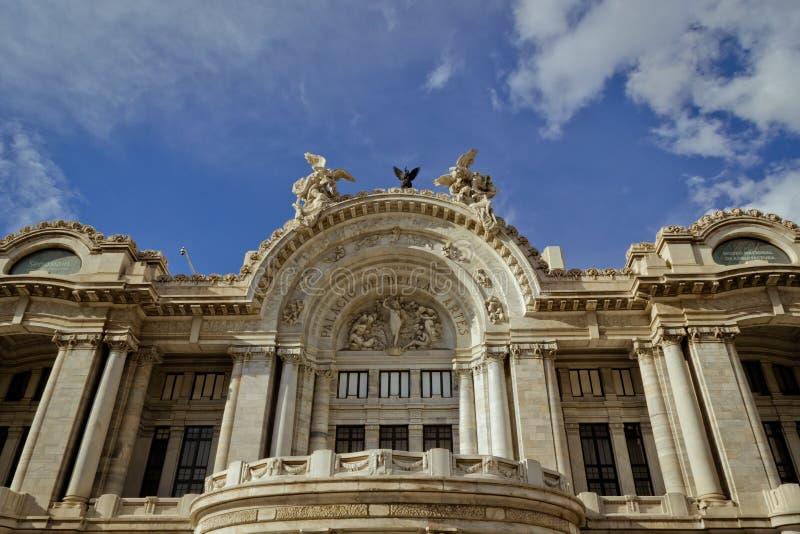 Palazzo di Bellas Artes a Messico City fotografia stock libera da diritti