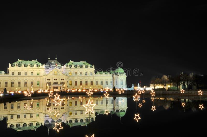 Palazzo di belvedere - Vienna entro la notte immagini stock libere da diritti