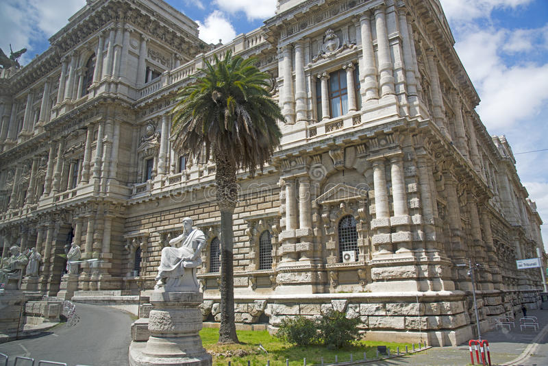 Palazzo di Giustizia i Rome, Italien royaltyfri bild