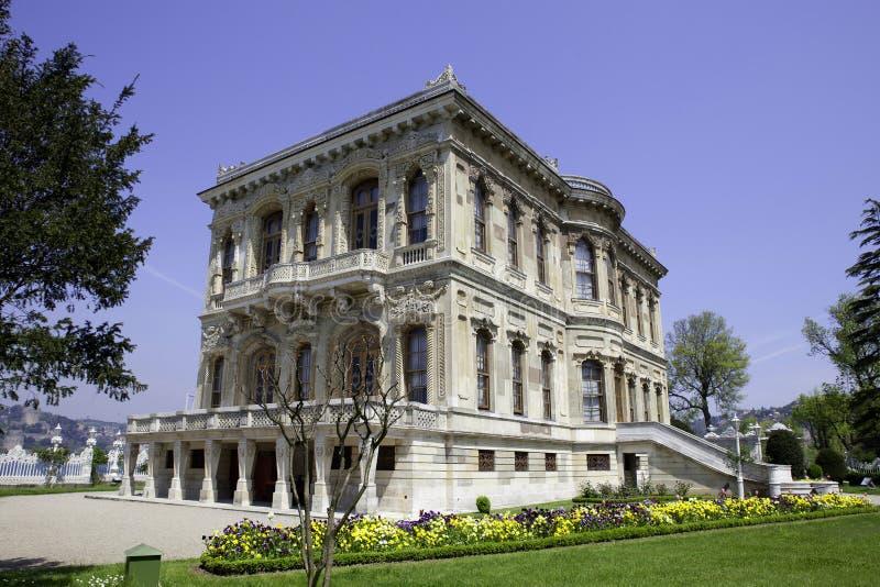 Palazzo di Kucuksu nella città di Costantinopoli fotografia stock libera da diritti