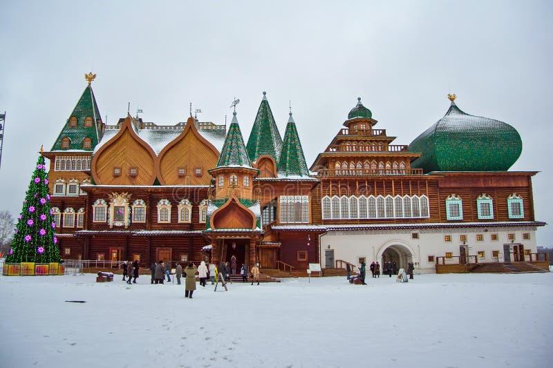 Palazzo di legno di Kolomensky alla vigilia del nuovo anno immagine stock libera da diritti