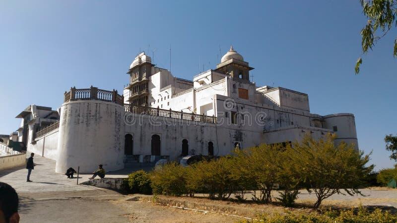 Palazzo di monsone del palazzo di Sajjangarh di udaipur immagini stock libere da diritti