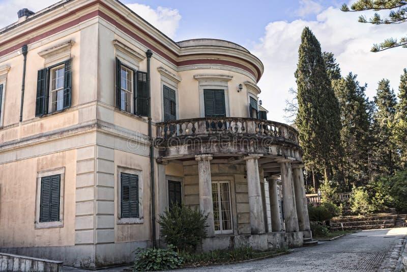 Palazzo di Repos di lunedì che è stato costruito nel 1924 da alto commissario Frederick Adam e si è trasformato in in proprietà s immagine stock libera da diritti