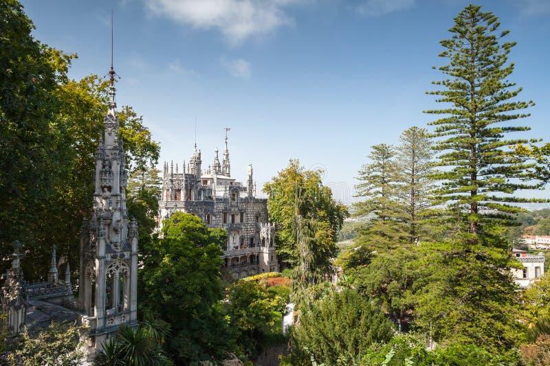 Palazzo e cappella di Quinta da Regaleira, Sintra immagini stock libere da diritti