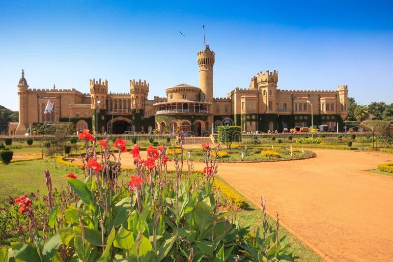 Palazzo e giardini di Bangalore fotografie stock libere da diritti