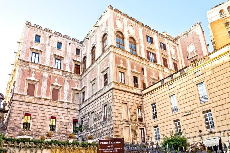 Palazzo famoso Cellamare em Nápoles, Itália imagens de stock royalty free