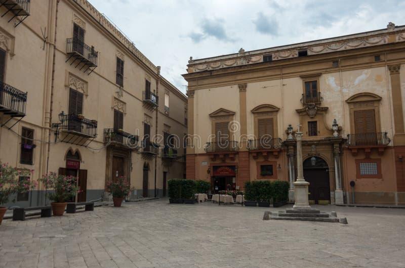 Palazzo Gangi sul quadrato di Croce del vespri Palermo, Italia fotografia stock