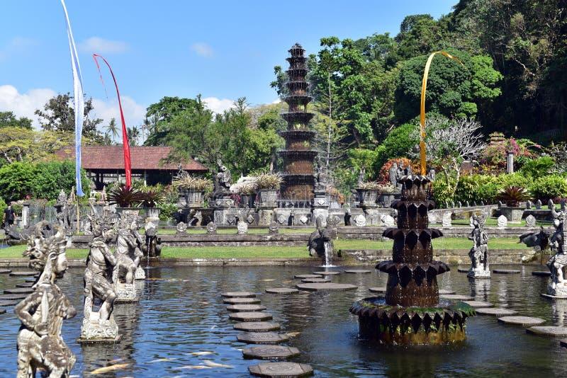 Palazzo indù Tirta Gangga, isola di Bali, Indonesia dell'acqua di balinese immagine stock