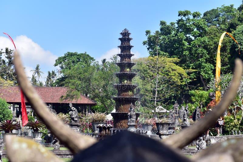 Palazzo indù Tirta Gangga, isola di Bali, Indonesia dell'acqua di balinese fotografie stock