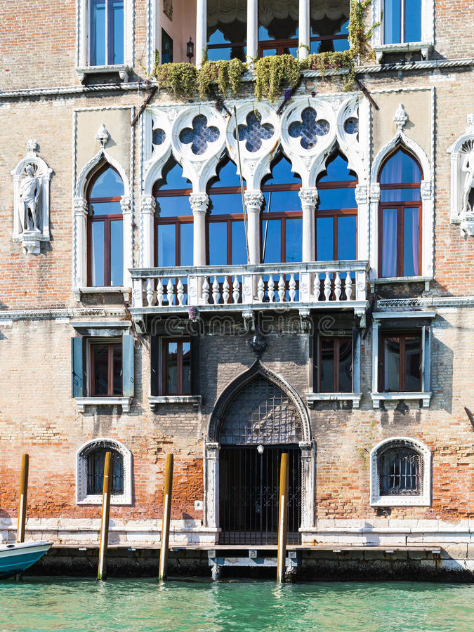 Palazzo Loredan小山谷` Ambasciatore在威尼斯 图库摄影