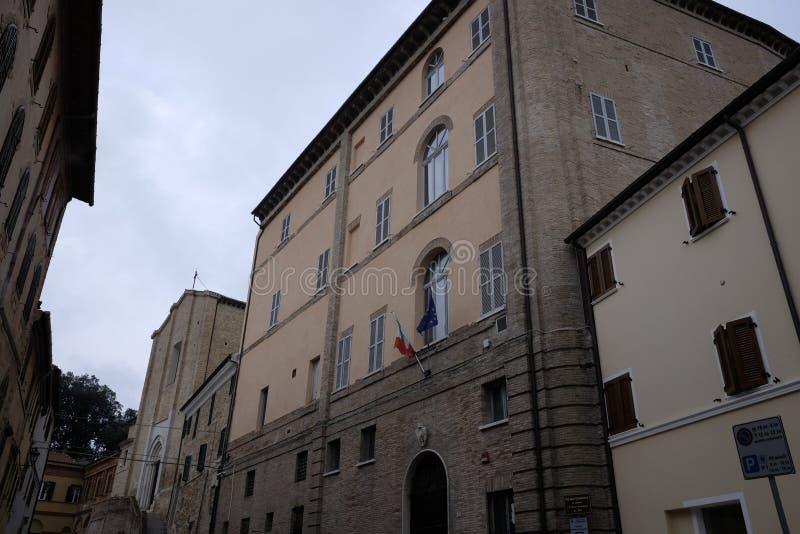 Palazzo municipale del camerano fotografie stock