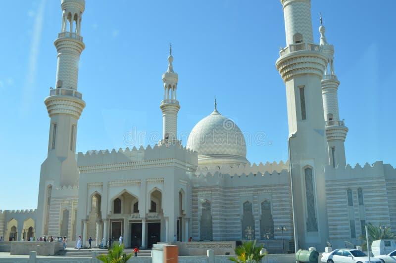 Palazzo negli emirati fotografia stock