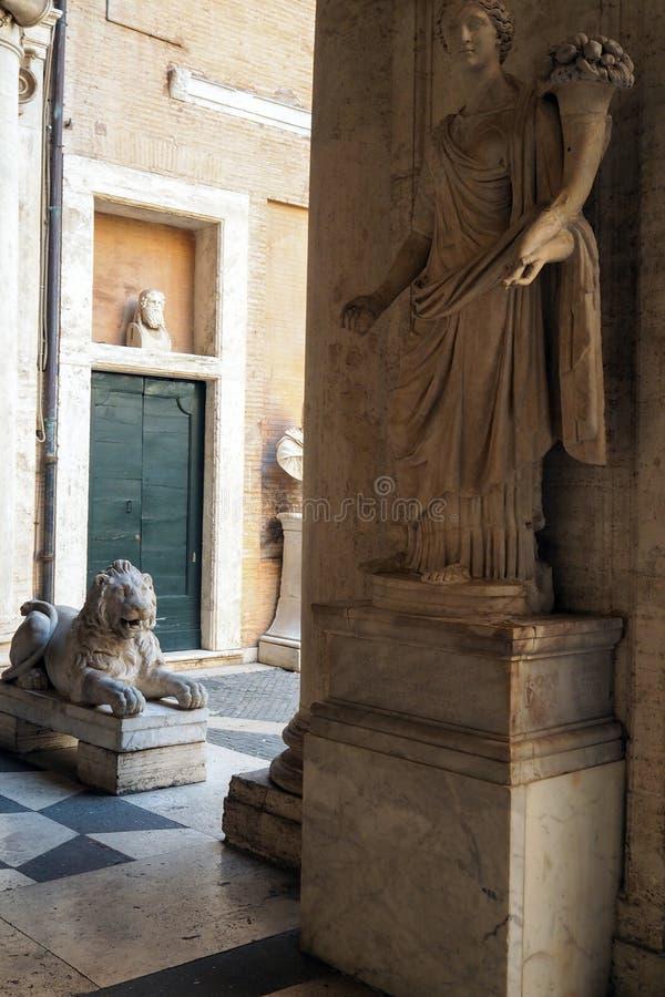Palazzo Nuovo en el museo de Capitoline de Roma, Italia imágenes de archivo libres de regalías