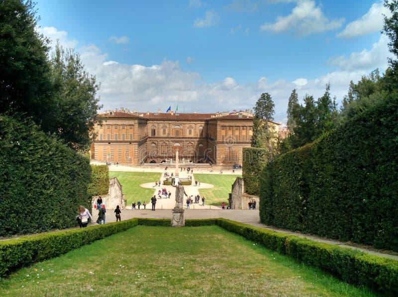 Palazzo Pittli,佛罗伦萨看法从Boboli庭院的 图库摄影