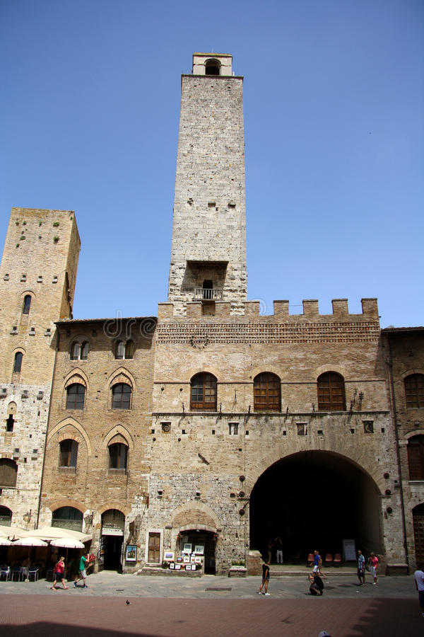 Download Palazzo Podesta In San Gimignano (Italy) Editorial Stock Photo - Image of cathedral, architecture: 32648748