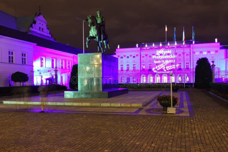Palazzo presidenziale alla notte. Warsaw.Poland immagini stock libere da diritti