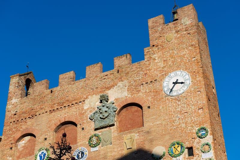 Palazzo Pretorio - ciudad medieval de Certaldo Toscana Italia fotografía de archivo