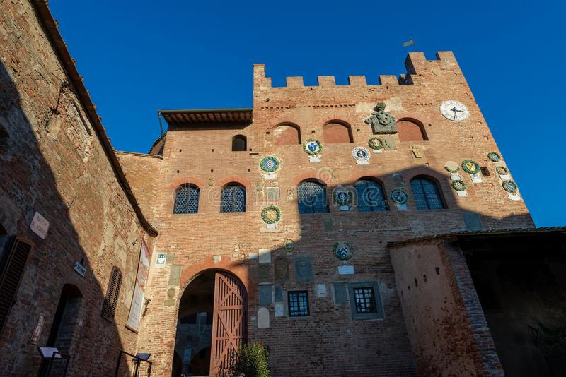 Palazzo Pretorio - ville m?di?vale de Certaldo Toscane Italie photo libre de droits