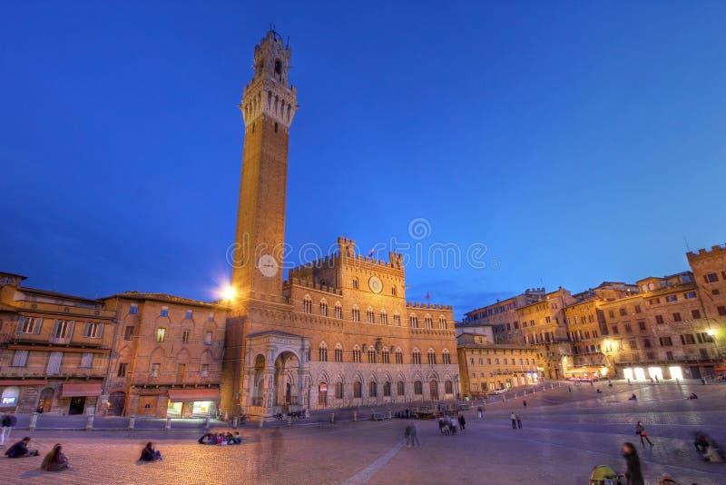 Palazzo Publico in Piazza del Campo, Siena, Italia fotografie stock libere da diritti