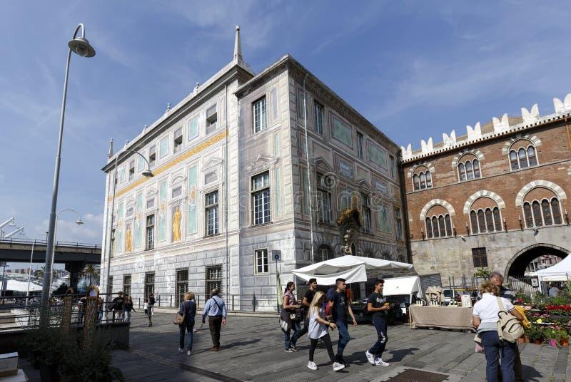 Palazzo san Giorgio ha decorato la costruzione medievale in Genoa Italy fotografia stock libera da diritti