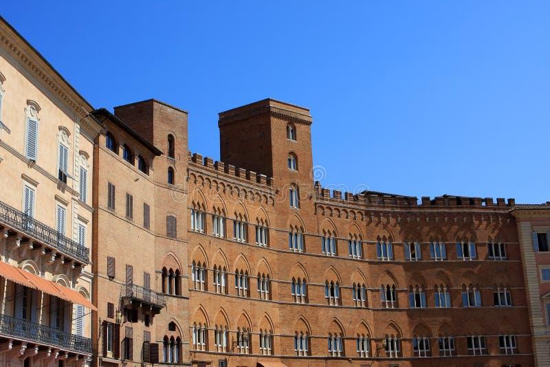 Palazzo Sansedoni, Sienne image stock