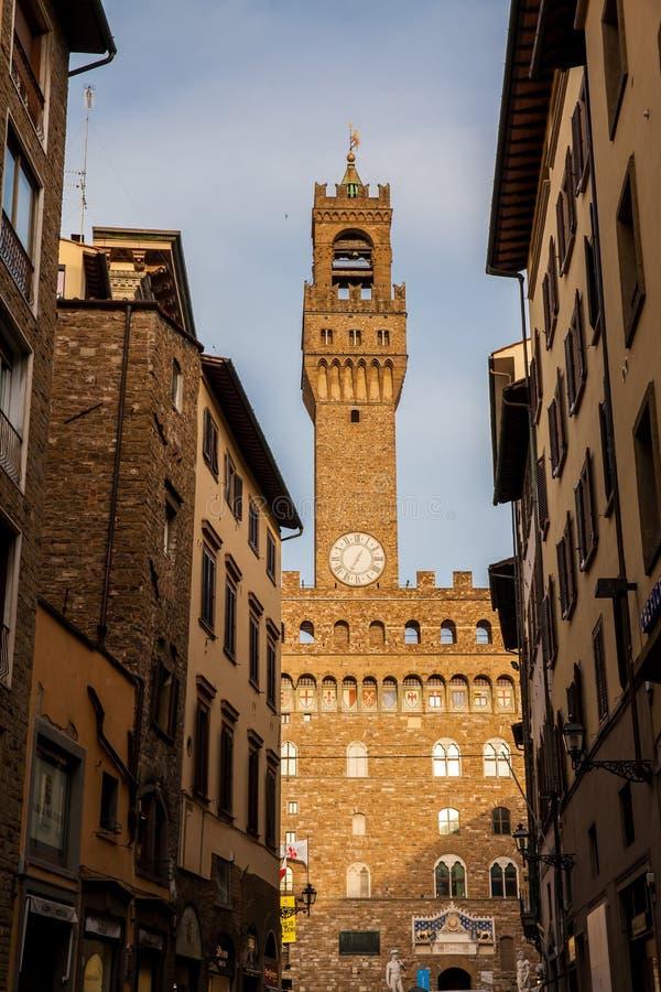 Palazzo Vecchio bouwde bij Piazza della Signoria in de 12de eeuw in Florence stock foto
