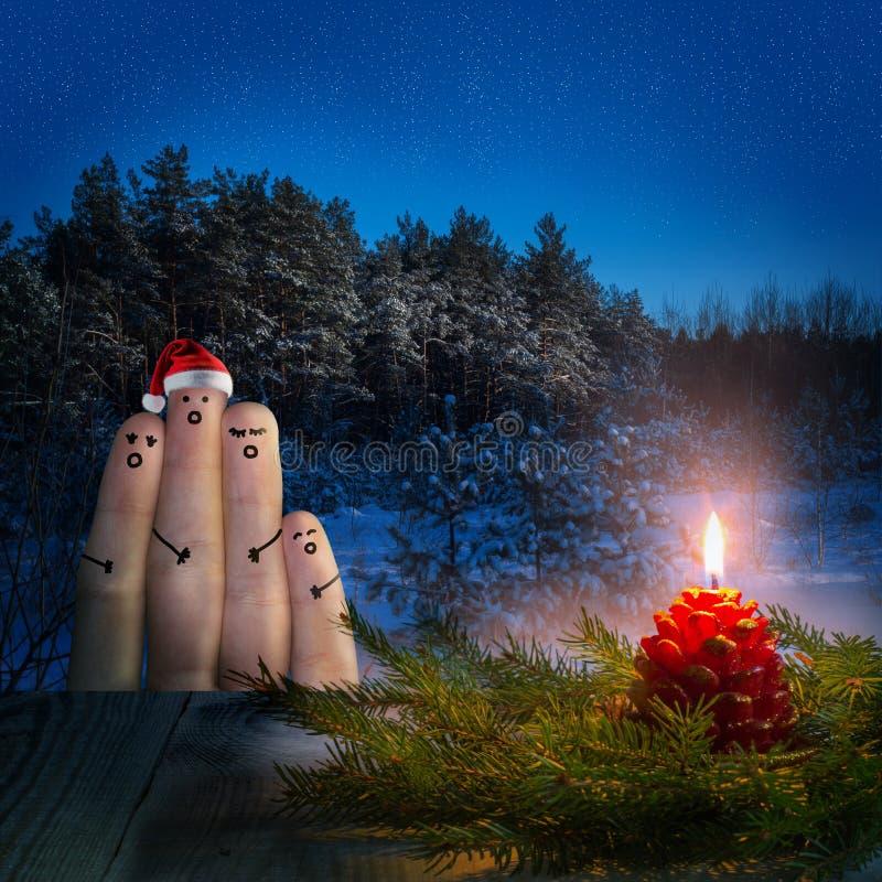 Palcowa sztuka przyjaciele świętuje boże narodzenia zdjęcia stock