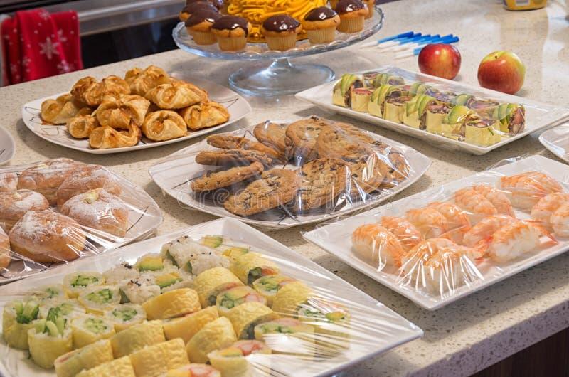 Palcowi foods na granitu kontuarze obrazy stock