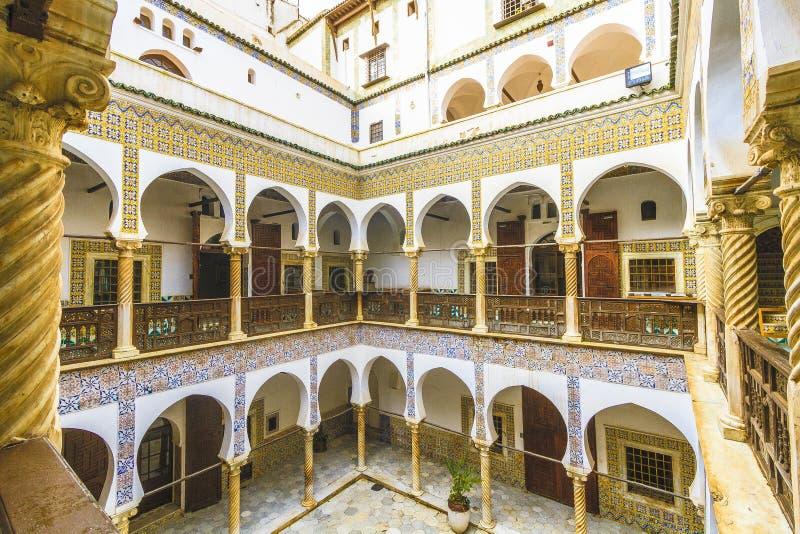 Paleis in Algiers stock afbeeldingen